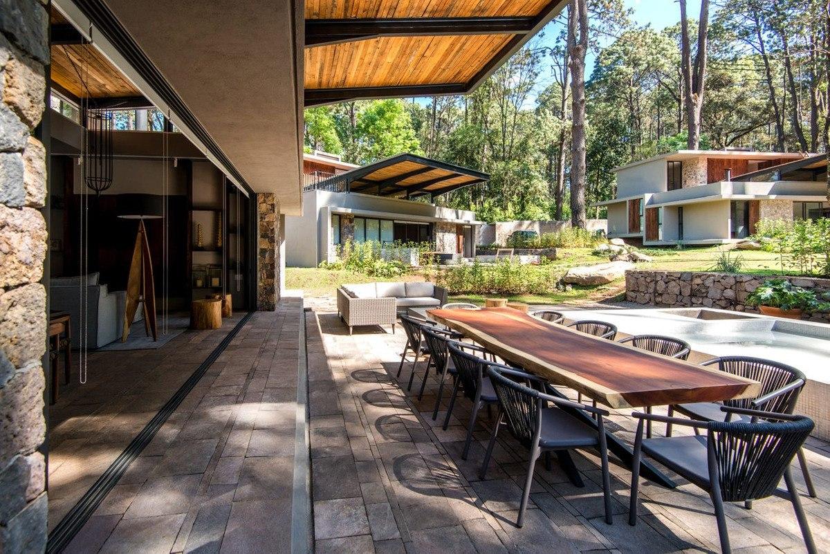 venta-casas-avandaro-valle-de-bravo-D_NQ_NP_730974-MLM42928524199_072020-F